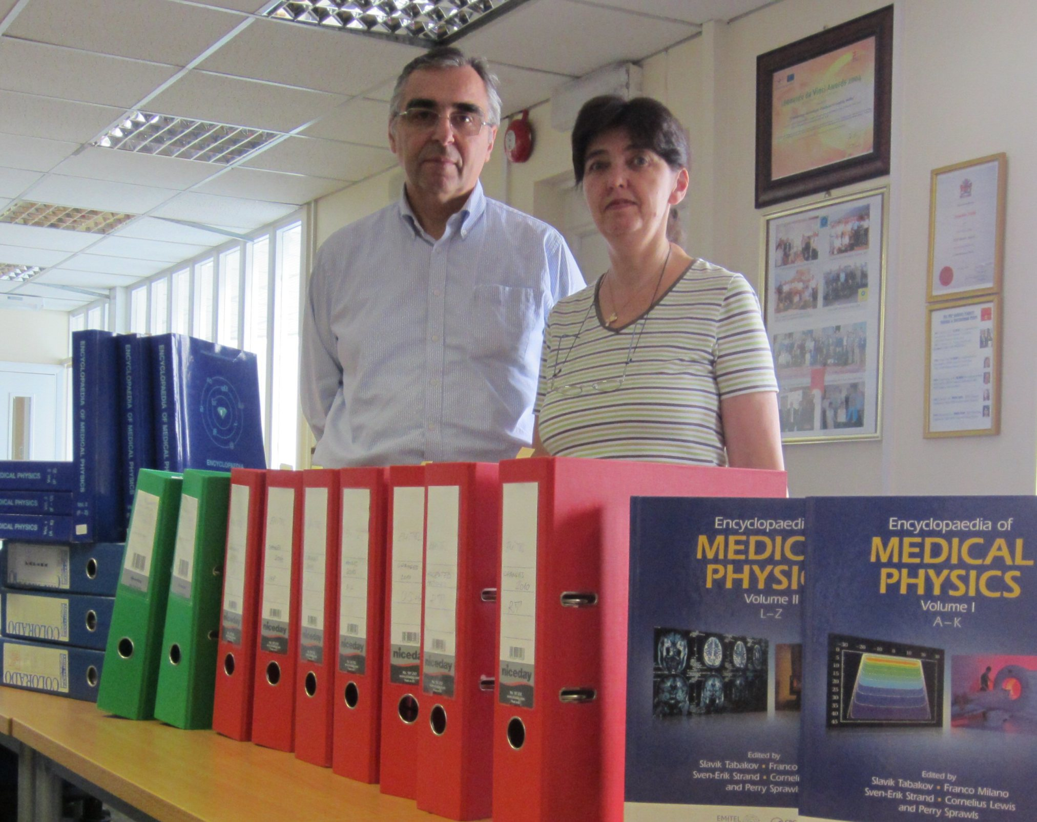 prof_S.Tabakov and Dr. V.Tabakova with Encyclopedia MedPhysics