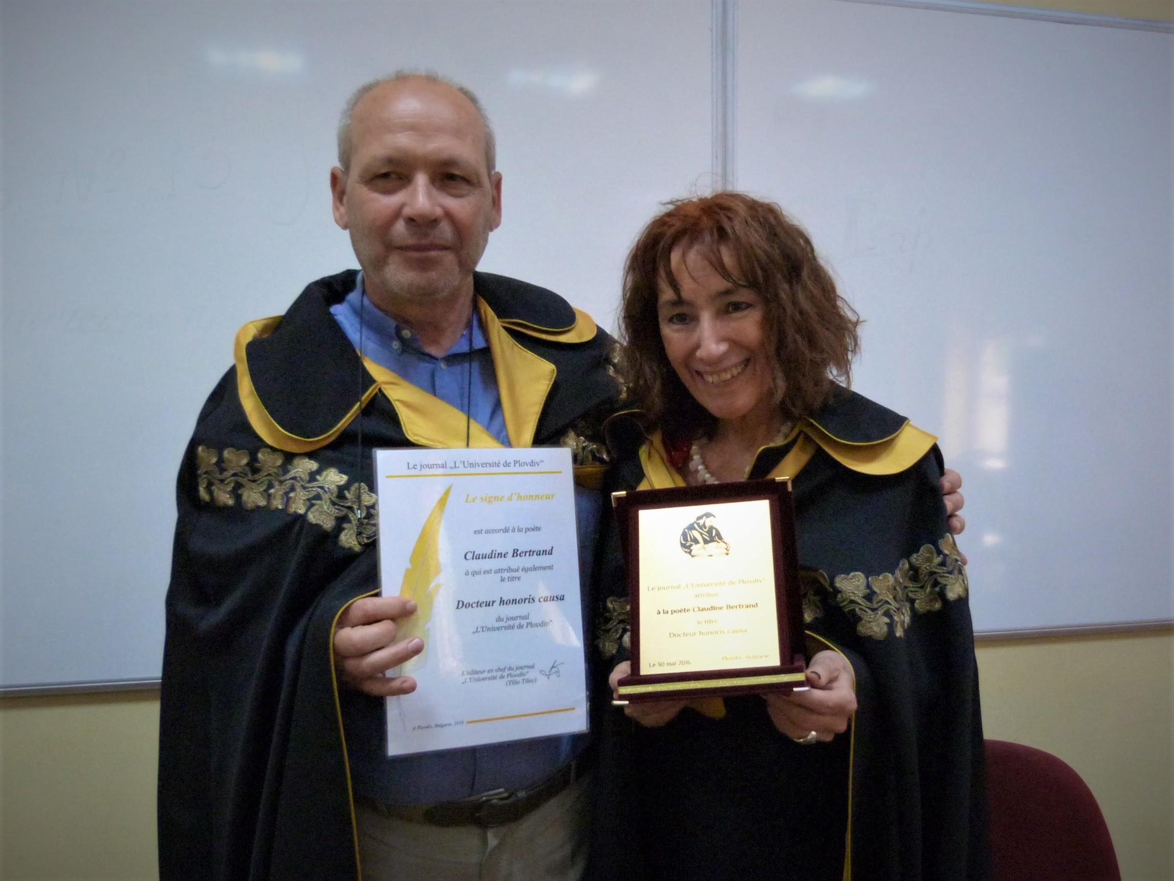 S_kanadaskata_poetesa_Klodin_Bertran_-_doktor_honoris_kauza_na_vestnik_Plovdivski_universitet